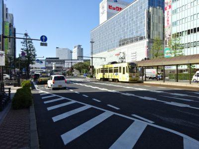 岡山駅前の路面電車