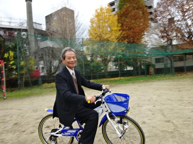 ももちゃんの自転車に乗って
