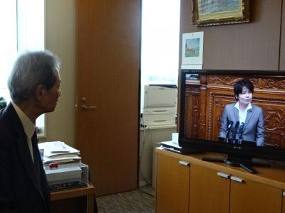 参議院本会議の吉川さん